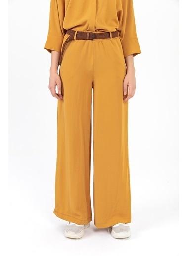 Tiffany&Tomato Hasır Kemer Yüksek Bel Bol Paça Pantolon Hardal